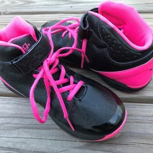 BCG Girl Shoe Black Pink Sneaker Mid Top Size 4.5G